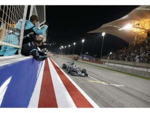 F1 Bahrein: triunfo de Hamilton y cómo funcionó la estrategia de Raikkonen