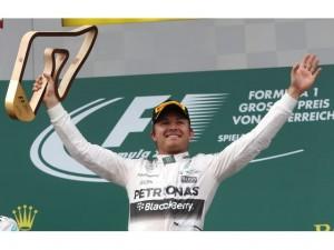 F-1 Austria: Mercedes domina y esconde. Triunfo de Rosberg