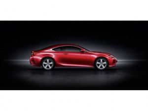 Presentación: Lexus RC200t
