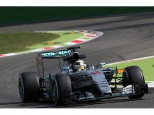 F-1 Monza: Mercedes al frente